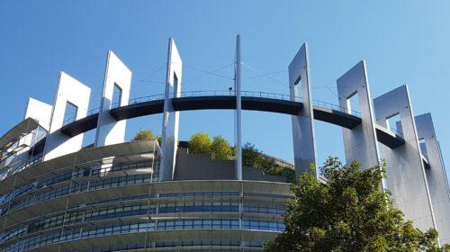 Evropský parlament vyzývá státy, aby podnikly kroky proti čínské hrozbě 5G